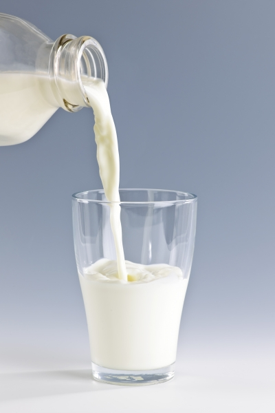 1666437-pouring-milk-into-glass